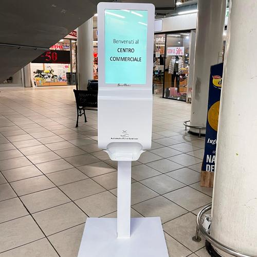 Totem Igienizzante Digital Signage SmartMedia per negozi e ecentri commerciali